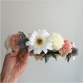 ガーベラの花冠の写真